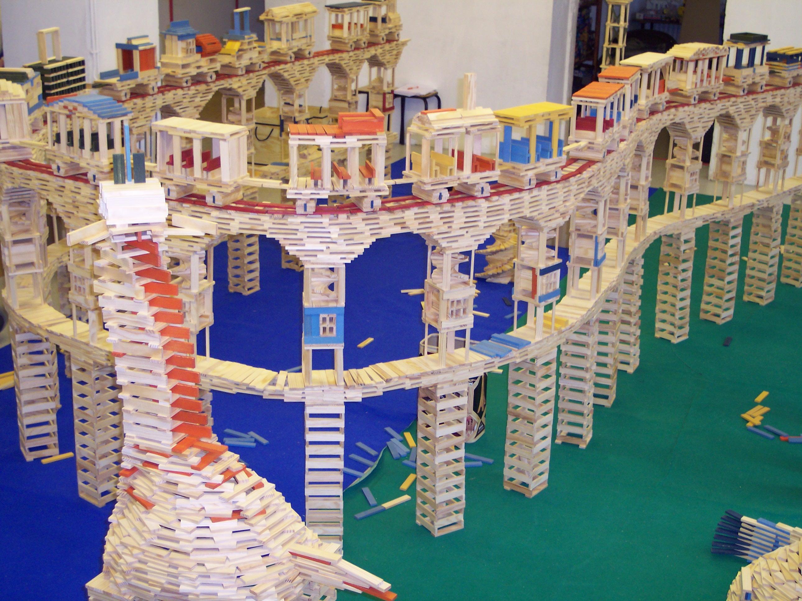Jeux d assemblage et de construction ludoth que quartier - Jeu de construction de maison virtuel ...